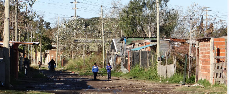 La Justicia obligó a garantizar el derecho a la información y participación de los Vecinos de Villa Inflamable
